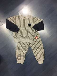 🚚 Yankee baseball suit 娃娃棒球套裝