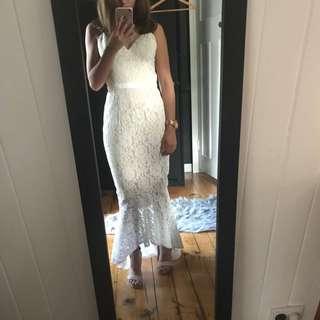 Ellezeitoune Formal Dress Size 8