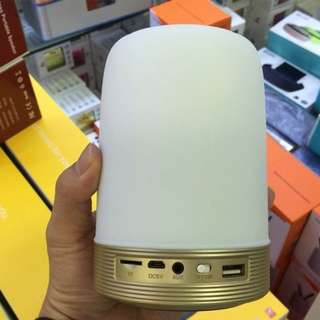 Bluetooth 4.0 speaker 5watts mega bass pen holder