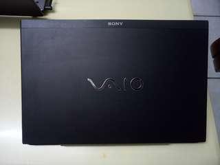 SONY VAIO Thin 15.6inch/i3/win7/4Gb/500Gb Hdd/15.6inch