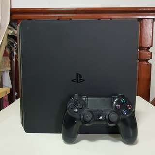Sony PS4 Slim 500GB Jet Black Mulus Bergaransi