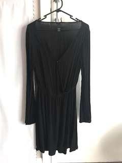 Black dress deep V fit size 8