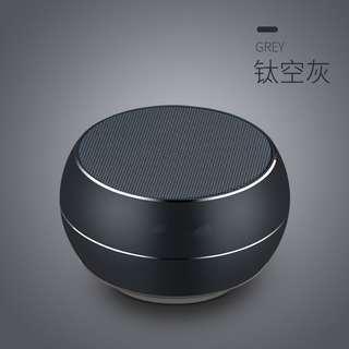 Bluetooth 4.0 speaker 3watts power aluminum alloy