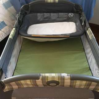 Graco Playpen with reversible napper and changer