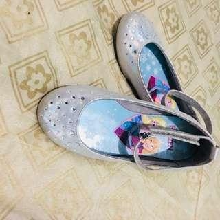 Frozen shoes  1-2yrs