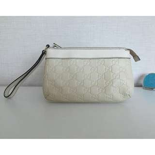 GUCCI 274181 GG LEATHER WRISTLET POUCH