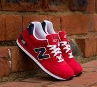 authentic New Balance red sneakers(new)