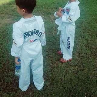 baju set taekwondo-wtf