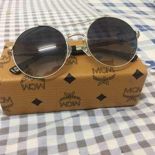 MCM sunglass