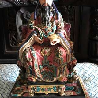 财神爷  statue of God of Fortune