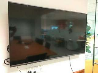 "49"" Panasonic TV (TH-48AX670S)"
