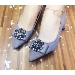 Korean ribbon gems pointed 2 inch shoes