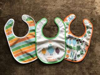 H&M Clucky Baby Bibs