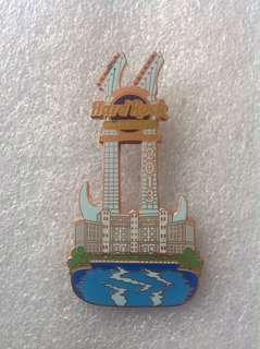 Hard Rock Cafe Pins - HOLLYWOOD FL HOTEL HOT 2013 DOUBLE-NECK GUITAR WITH HOTEL & POOL!