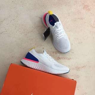 公司貨 Nike Epic React Flyknit 男女跑步鞋。
