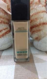 Maybelline Matte and Poreless Fit Me Foundation no.230