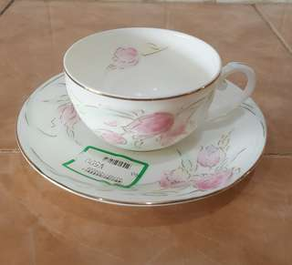 floral porcelain tea cup saucer