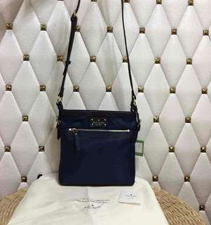 SALE AUTHENTIC KATE SPADE SLiNG BAG