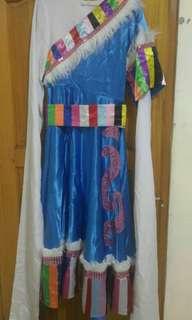 藏族舞蹈 水袖表演服裝 8成新