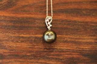 🌷🌷母親節禮物🌷🌷訂購👍🏿 淡水白/灰 10mm珍珠項鍊 耳針耳壁18K