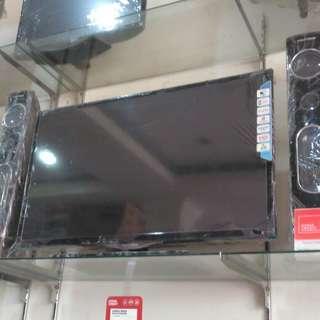 Tv LED polytron 32inc biaa kredit tanpa kartu kredit