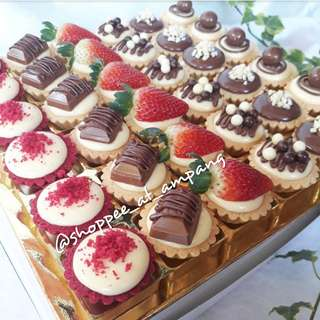 Ordered by Ameera 36pcs Assorted Cheese Tart