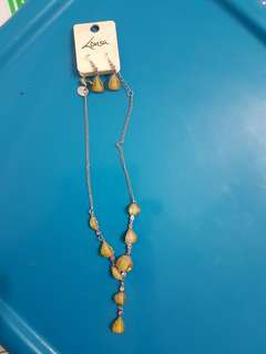 BN LOVISA NECKLACE WITH MATCHING EARRINGS