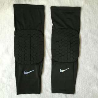 Nike kneepads FOR SALE