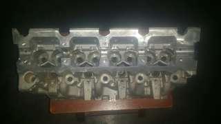 Renault Trafic cylinder head