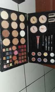 Jual rugii set makeup
