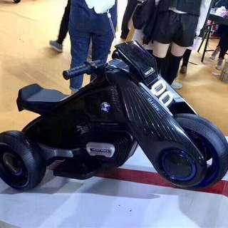 MOTO超級寶馬電動車
