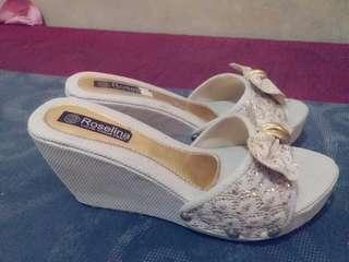 Sandal rosaline