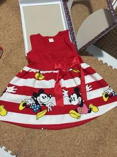 紅色迪士尼裙裝