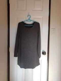 Forever21 Gray Black Long Sleeves Dress