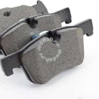 BMW 320I F30 FRONT DISC BRAKE PAD & SENSOR