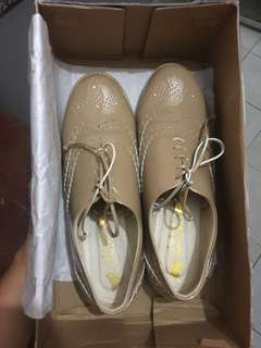 Sepatu Oxford santai Coklat