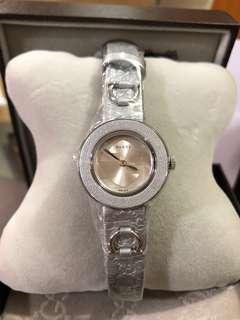 Gucci Silver Watch & 錶帶一set