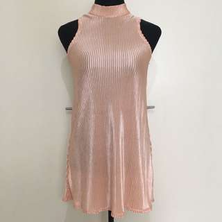 Pink Turtle Neck Pleated Dress