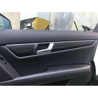 【騰信車體包膜】M-Benz W204 門飾板內裝飾板3M1080金屬髮絲黑包膜