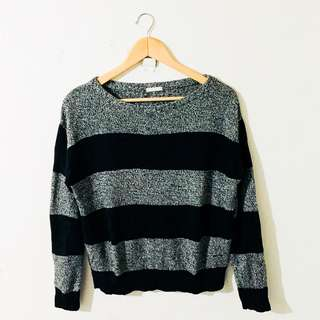 Knitted Top Pull Over (Size: M-L)