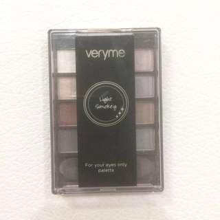 Oriflame Smoky Eyeshadow Palette