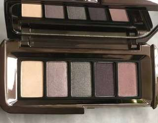 Hourglass Graphik eyeshadow palette in Expose