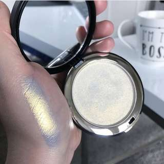 Give me glow cosmetics HALO highlighter