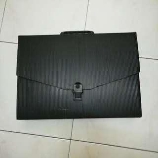 ♻️A4 Document Holder - Black