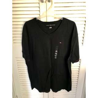 Black Tommy Hilfiger T -Shirt