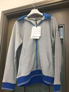Brand new Moncler cotton jacket kids 14 with hood ( hood can take off )