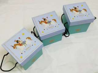 Baby Gift Set (square string carry box) for newborn/100 days