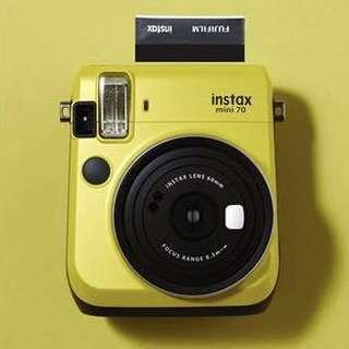 Fujifilm Instax Mini 70 Bundle
