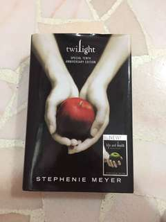 Twilight x Life and Death Dual Book (10th anniversary edition)