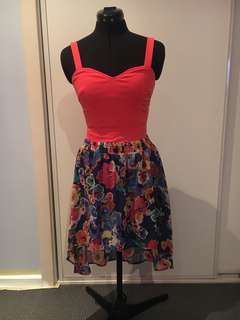 Floral skirt with orange top! 🌺